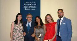 Il Rettore Lucio d'Alessandro con un gruppo di laureati eccellenti nella consueta premiazione annuale organizzata dall'associazione ALSOB